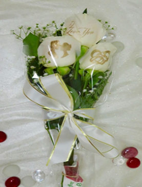 3 White Roses Love Birds Bouquet For Couples (Engagements , Birthdays, Any Other Occasion )