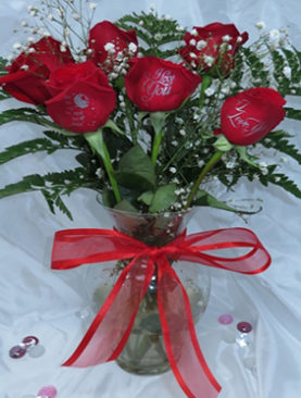 6 Red Roses Love You Bouquet For Couples Including Famous Saying I Love You To The Moon And Back